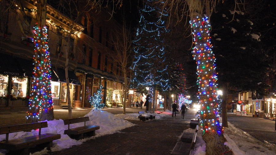 Photo Of Walking Mall In Aspen Colorado - Hyman Ave. Mall- December 21st 2009