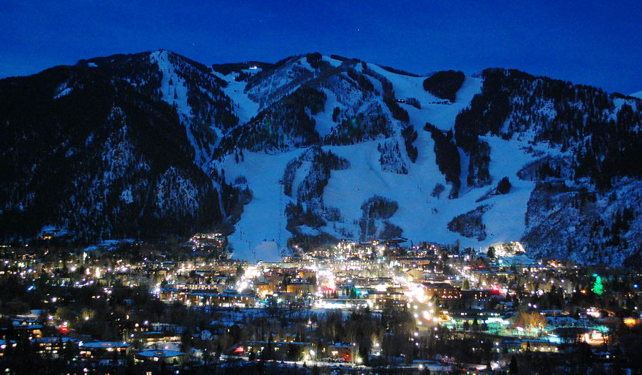 Aspen At Night Under A Quot Supermoon Quot March 17th 2011