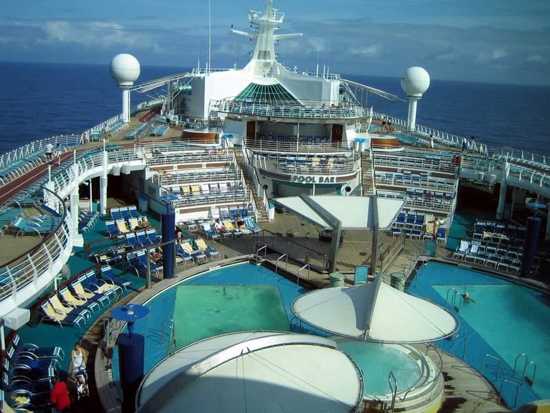 اجمل واكبر سفينة ركاب بالعالم 2014 , صور اكبر سفينه بالعالم 2014 explorer_of_the_seas5.jpg